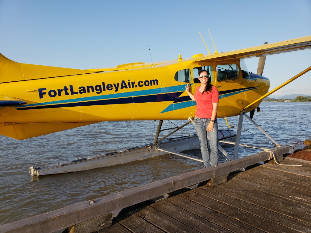 charter a plane, fort langley air
